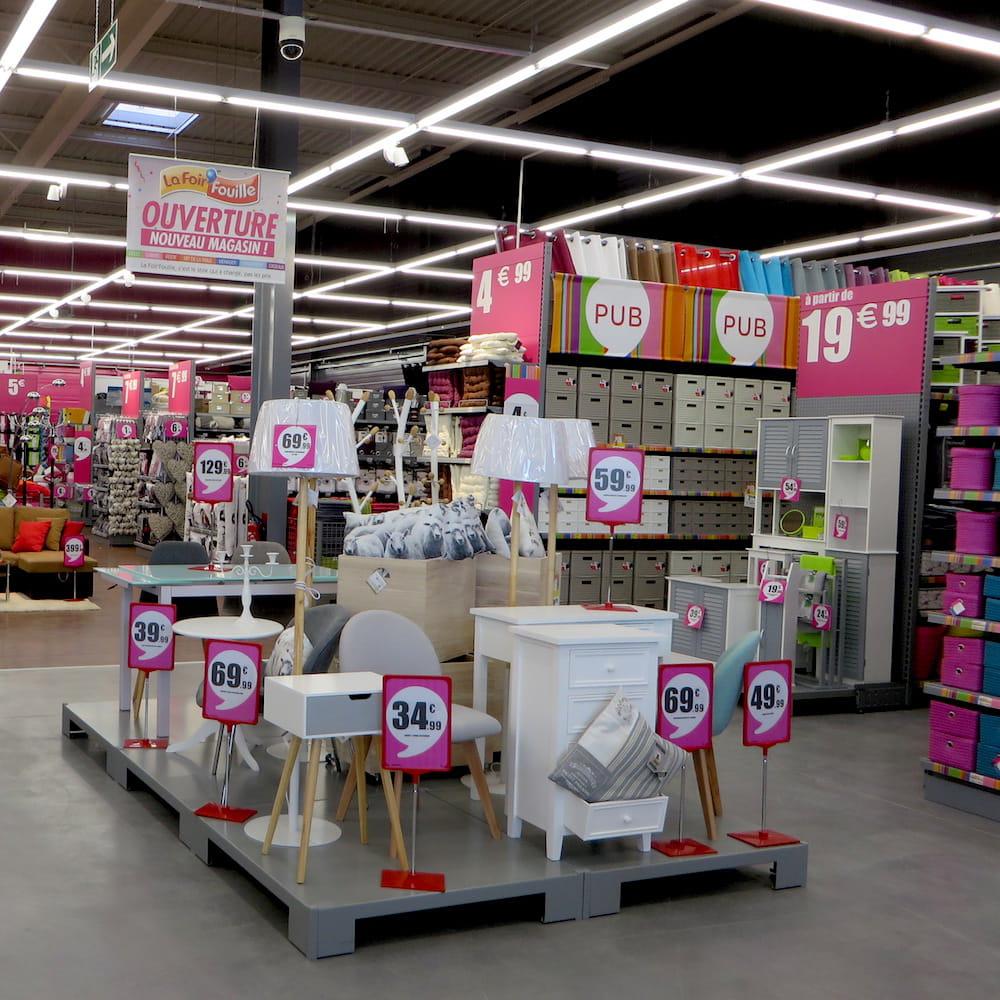 Responsable d 39 un magasin foir 39 fouille 30 000 euros bruts par an - Voile d ombrage foir fouille ...