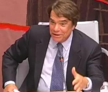 bernard tapie lors d'une audition à l'assemblée nationale en 2008.