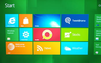 windows 8 s'inspire des carreaux d'applications 'metro' de windows phone 7.