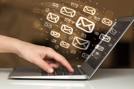 Consultation des mails des salariés par l'employeur: arrêt maladie....