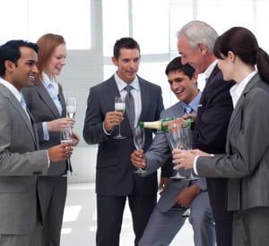organiser des évènements festifs permettra de renforcer les liens entre vos