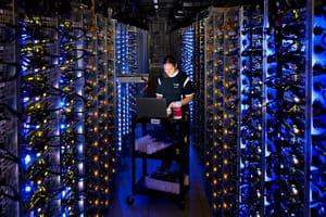 s'inspirant des technologies utilisées par les géants du web, comme google et