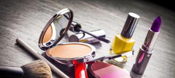 Beauté et Cosmétiques : quels annonceurs investissent le plus en liens sponsos ?