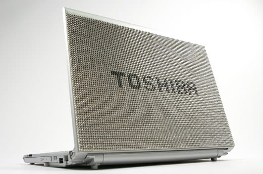 Toshiba R500 : le portable de cristal