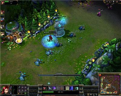 un jeu qui réutilise les graphismes type warcraft 3 et développe le concept de