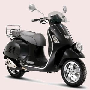 le scooter vespa a donné ses lettres de noblesse au deux-roues.