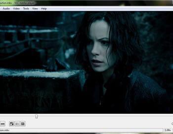 une scène du film underworld evolution sous vlc 1.0 avec windows 7.