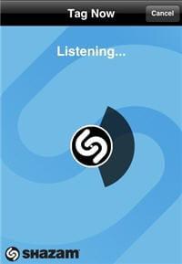 shazam en pleine écoute durant une tentative de reconnaissance musicale