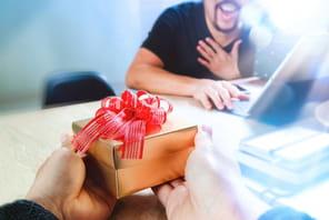 20idées de cadeaux à offrir à ses collègues, équipes ou clients à Noël