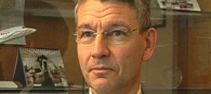 """Jean Sass (DSI, Dassault Aviation):""""Confier son informatique à l'extérieur implique un haut niveau de contrôle"""""""
