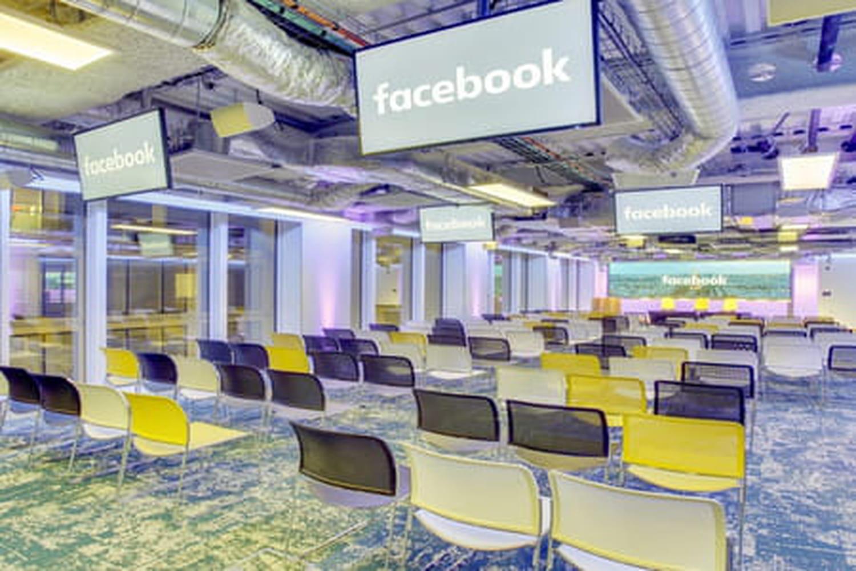 Recrutement chez Facebook: un à deux mois pour décrocher un like