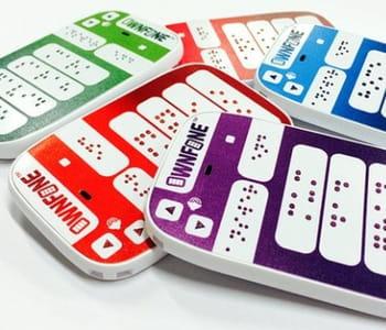 la 3d permet de créer des touches personnalisées sur le téléphone en braille.