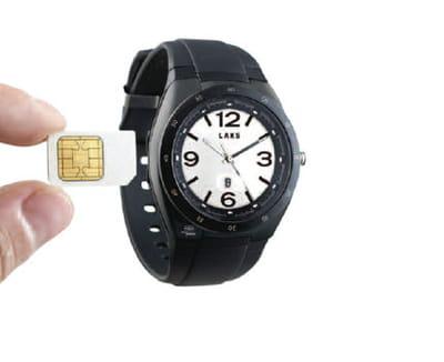 la montre accepte une carte sim équipée d'une puce rfid.