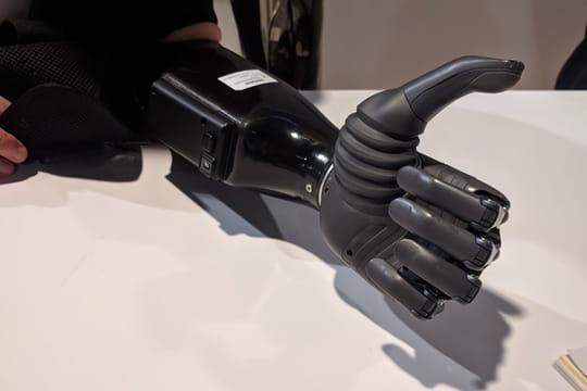 Au CES, l'IA jusqu'au bout des doigts