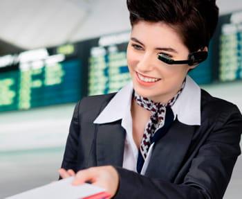ces smart glasses, commercialisées 1000 dollars, sont dotées d'un kit facilitant