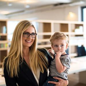 certaines entreprises s'adaptent aux contraintes des parents.