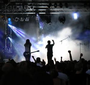 l'organisation de concerts fait partie de ces initiatives marketing prisées par