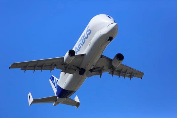 Un avion étrange dans le ciel français
