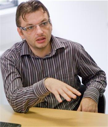 david degrelle, fondateur de l'agence de référencement 1ère position, en
