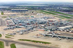 une vue de l'aéroport de londres.