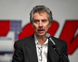 robert bigelow a construit un empire immobilier aux états-unis.