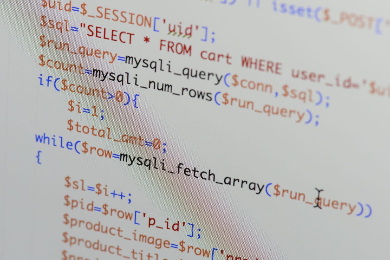 SQL (Structured Query Language): définition, traduction et acteurs