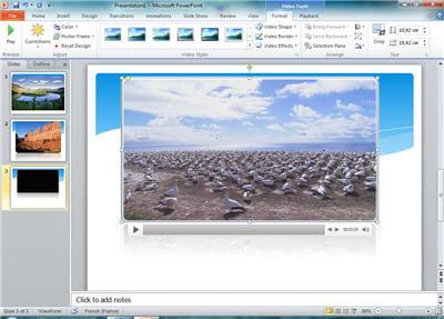 powerpoint est capable de compresser tout seul les vidéos, si on veut envoyer sa