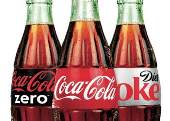 les consommateurs achètent en moyenne 13,7 fois du coca-cola par an.