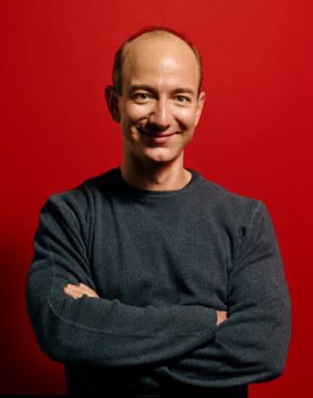 jeff bezos, fondateur et pdg d'amazon, multiplie les investissements dans les