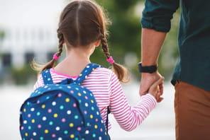 Arrêt pour garde d'enfant: plus d'arrêt mais du chômage partiel
