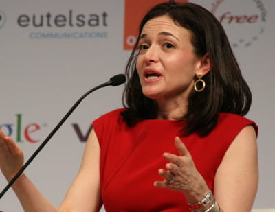 sheryl sandberg est la directrice des opérations de facebook depuis mars 2008