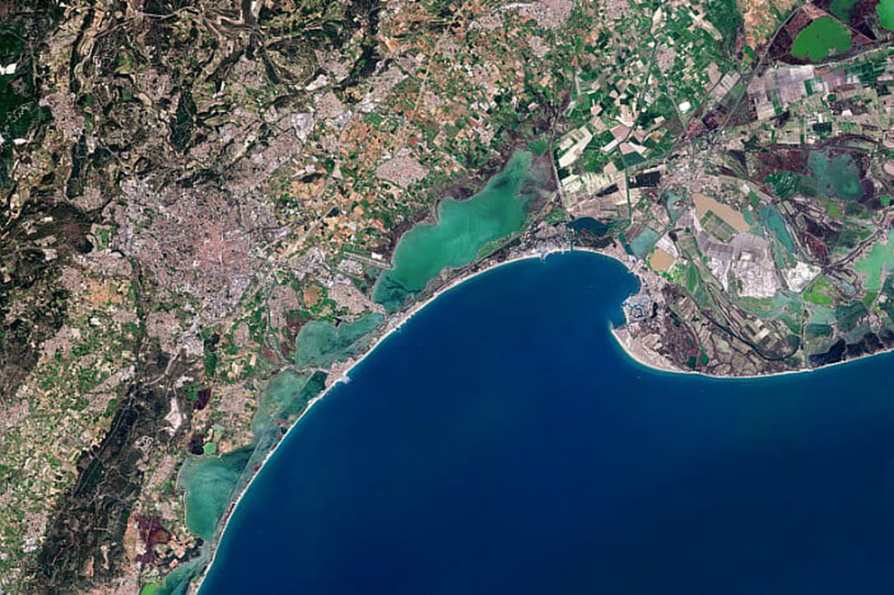 Satellites et deep learning: Montpellier se regarde changer depuis l'espace