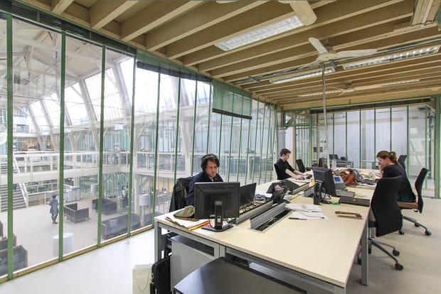 Des bureaux comme des tours de contrôle