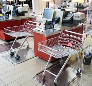 plus besoin de décharger son chariot avec ces caisses automatiques d'un nouveau