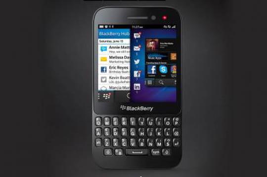 Blackberry lance son Q5en France
