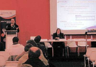 les conférences permettent de rencontrer des acteurs divers.