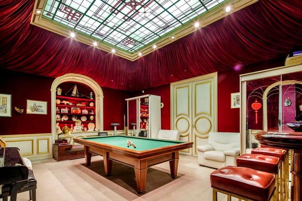 Une salle de billard et son bar d'origine, comme au casino
