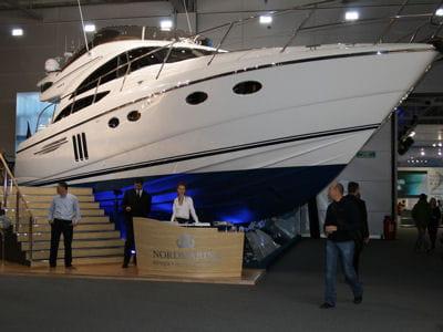 un des yachts mis en vente lors de la millionaire fair.