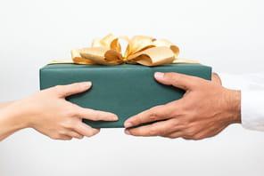 15idées de cadeau de Noël à offrir à un collègue