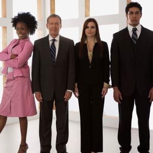 il définit la politique de l'entreprise concernant la diversité.