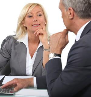 un recrutement de patron d'entreprise internationale peut prendre jusqu'à 6