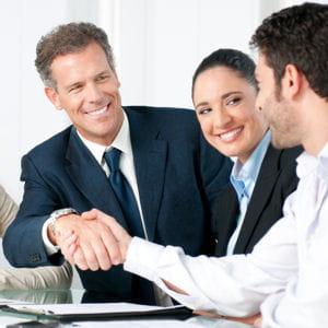 les collaborateurs privilégient les entreprises qui nouent une relation de