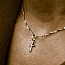 sans contact avec la clientèle, le port de signe religieux n'est pas