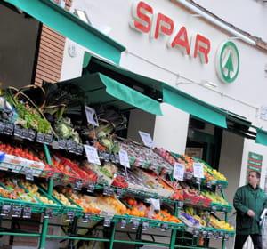avec spar, le groupe casino est numéro un des supermarchés de proximité en
