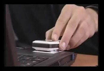 exemple de synchronisation entre un pc et un téléphone portable nfc. copie