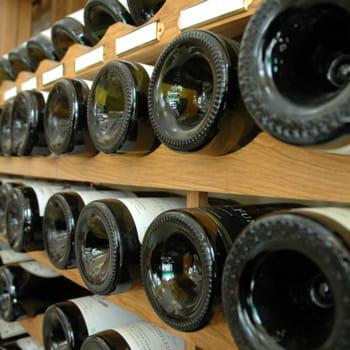 les castel sont numéro 1 du vin en france.