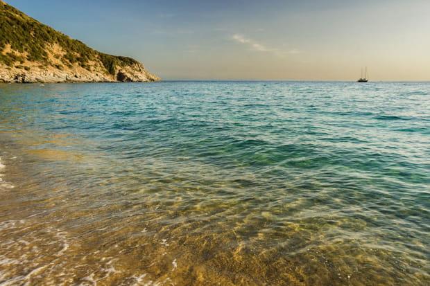 4e: Solanas Cagliari, Sardaigne (Italie), 65,46€ par jour