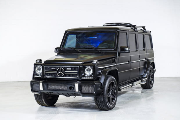 Une limousine tout-terrain bardée de caméras de surveillance