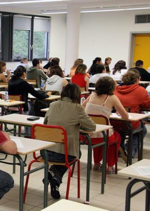 le coût d'organisation du bac revient au total à 2000 euros par élève.