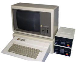l'apple iie, introduit par apple en janvier 1983